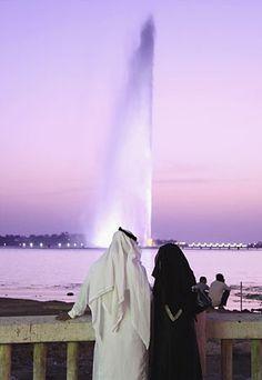 King Fahd's Fountain in Jeddah = glorious.