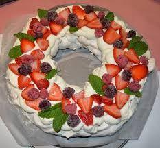 Resultado de imagen para chocolate ripple wreath cake