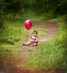 First year, One year old, Baby Photo shoot, Kate Mitchem Photography, Balloons, Children, Spring