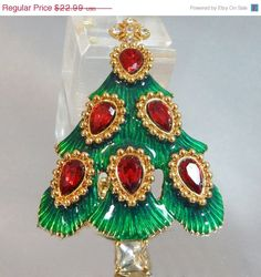Black Friday Sale Vintage Christmas Tree Brooch Monet by waalaa, $19.54