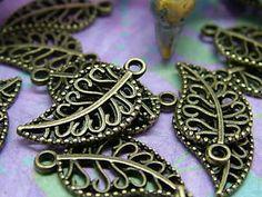 20pcs Vintage Fashion Hollow Out Leaf DIY Beads Bronze Pendants Charm
