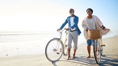 Healthy Lifestyle Offsets Genetic Risk for Dementia Alzheimer's Association, American Medical Association, Health Research, Medical Research, Medical News, Medical School, Mature Couples, Couples Walking, National Institutes Of Health
