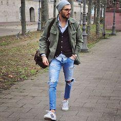 Military jacket, jeans & sneakers by @justusf_hansen