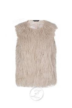 Wanna this fur vest soo much :3
