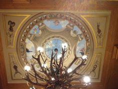 Deckengemälde-gemaltes Gewölbe