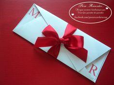 Modelo Márcia - CS#05: Convite para casamentos, noivados, bodas. Tamanho: 10x21cm (fechado), com fita de cetim.