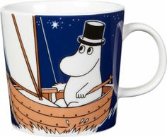 Children and adults alike fall in love with the sympathetic characters of Moomin Valley as created by the author Tove Jansson. The Arabia artist Tove Slotte-Elevant has designed the delightful Moomin objects in keeping with the original drawings. Mug Papa, Les Moomins, Moomin Mugs, Tove Jansson, Novelty Mugs, Porcelain Mugs, Ceramic Tableware, Nordic Design, Mugs