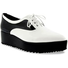 CHARLES & KEITH Platform Oxfords (1.265 RUB) ❤ liked on Polyvore featuring shoes, oxfords, white, white shoes, white lace up shoes, low shoes, charles & keith and platform oxford shoes