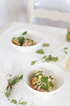 http://www.cocinandoconmicarmela.com/2013/12/dorada-en-salsa-verde-menu-de-navidad.html