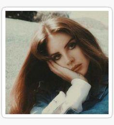 Lana Del Rey Poster The queen herself. Trip Hop, Lanna Del Rey, Pretty People, Beautiful People, Elizabeth Woolridge Grant, Elizabeth Grant, Style Icons, Supermodels, Portraits