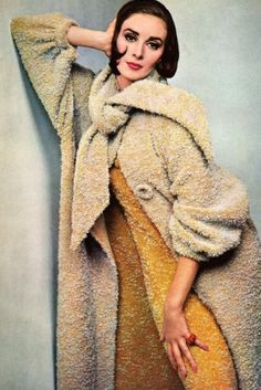 1960s Wilhelmina Cooper - Boucle everything
