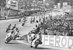 Sheene leads the pack @ Francorchamps by Amjayes