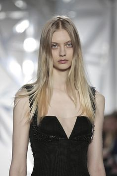 Azzaro-Couture-SS16-Paris-8404-1453978872-bigthumb.jpg
