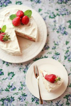 Sponge Cake with Strawberries from She Who Eats.
