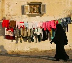 isn't this an interesting contrast?? #laundry