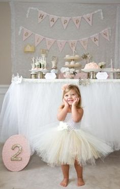 Adorable party idea that you can take elements of to use for your Gold Hope Sessions!