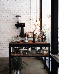 fleaingfrance - Ferrerofrih Lofts Home Interior Design Decoration Small Apertment - Coffee Stations Coffee Station Kitchen, Coffee Bars In Kitchen, Coffee Bar Home, Home Coffee Stations, Coffee Cafe, Coffee Counter, Coffee Snobs, Coffee Shop Design, Cafe Design