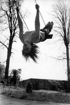 Henri Cartier-Bresson - UK. England. 1961. Svetlana BERIOSOVA, prima ballerina.