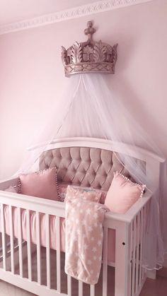 Princess nursery, crown canopy I kinda wanna do this for Chase's room Baby Nursery Decor, Baby Bedroom, Baby Decor, Girl Nursery, Nursery Room, Baby Girl Cribs, Baby Nursery Ideas For Girl, Baby Girl Rooms, Room Baby