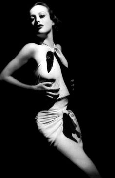 """Joan Crawford as """"Letty Lynton"""" 1932 by David Haggard. S) Hollywood Icons, Old Hollywood Glamour, Golden Age Of Hollywood, Vintage Glamour, Vintage Hollywood, Hollywood Stars, Vintage Beauty, Classic Hollywood, Hollywood Actresses"""