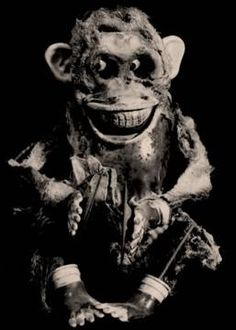 Monkey... This is what I pictured the monkey in the Stephen king shortie to look like... Eeeeek!!!