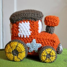 crochet-stuff-toy-train-amigurumi...This is adorable! What little one wouldn't love this?! I do...free pattern!