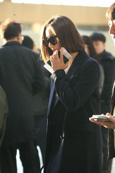 Krystal Fx, Jessica & Krystal, Korean Airport Fashion, Korean Fashion, Krystal Jung Fashion, Snsd Fashion, Sulli, Airport Style, Korean Actresses