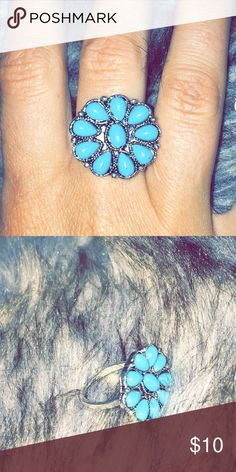 Gorgeous turquoise ring *FREE gift with purchase* Brand new! Turquoise/blue color with silver. Would go perfect with any outfit ❤️ FREE gift with purchase!! Accessories