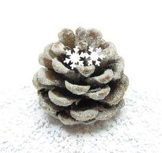 Small Snowflake Confetti White Paper Punches 200 Pieces