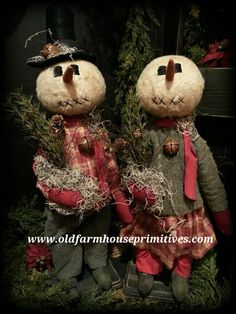 Howard & Harriet Primitive Standing Snow Couple (Made In USA)