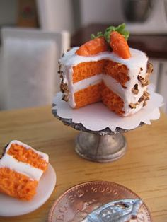 CARROT CAKE. I need to get better at this texturing thing...