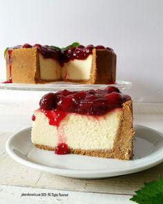 Pınar's Desserts: Vişne Soslu ve Beyaz Çikolatalı Cheesecake