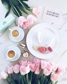 """The little things in life are what makes us happy"" TUNE IN for our LIVE Q&A on… – All Pictures Flat Lay Photography, Coffee Photography, Flatlay Instagram, Photo Pour Instagram, Latte Art, Coffee Love, Pink Aesthetic, Morning Coffee, Saturday Coffee"