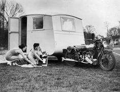 Caravanning and Camping in the Past: 20 Vintage Photos of Holidaymakers in the Great Outdoors From Between the 1930s and 1960s