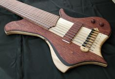 Prometeus Guitars 8 stringer.