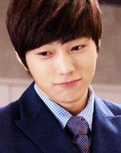 {Infinite's L} #L #KimMyungsoo #Infinite