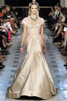 Zac Posen Spring 2012- Though it looks amazing in this color, I'd prefer white on my wedding day. If only, (sigh)