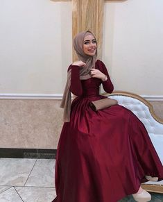 Image may contain: 1 person, standing and indoor - Hijab+ Muslim Prom Dress, Hijab Prom Dress, Hijab Evening Dress, Hijab Style Dress, Hijab Outfit, Modest Fashion Hijab, Modern Hijab Fashion, Hijab Fashion Inspiration, Muslim Fashion
