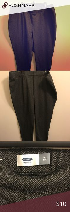 XXL old navy fleece leggings herringbone XXL old navy fleece leggings gently used! Selling because I just never choose them! Out with the old and in with the new! These are very stretchy and very comfortable!! Would be great for a woman who is 18-20W Old Navy Pants Leggings