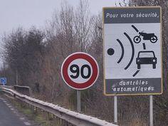 Wer bei einem Verkehrsdelikt erwischt wird, bekommt einen Auslands-Bescheid. Die zuständigen französischen Behörden betreiben eine deutschsprachige Webseite
