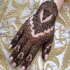Modern Henna Designs, Latest Henna Designs, Henna Tattoo Designs Simple, Finger Henna Designs, Back Hand Mehndi Designs, Mehndi Designs Book, Mehndi Designs 2018, Mehndi Designs For Fingers, Mehndi Design Images