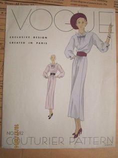 Vintage VOGUE COUTURIER PATTERN NO. 382 Exclusive Design Created In Paris