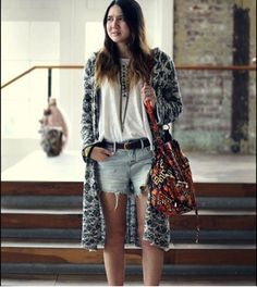 Dylan Suarez of Color Me Nana with her #Stela9 #Ganesha #bucketbag #FreePeople #jenaweirsales