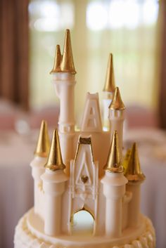 White chocolate Cinderella Castle wedding cake topper