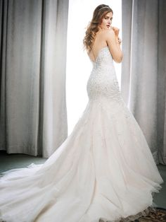 Kenneth Winston Style 1714 | stunning beaded gown with sweetheart neckline and scalloped back | luxurious bridal gown