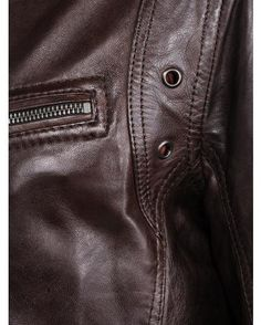 Blouson Cuir Daytona : http://www.la-canadienne.com/collection-homme/cuirs-blousons-agneau-reddish-brown-daytona_2459.html