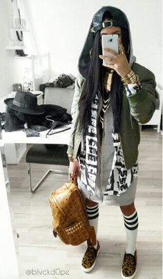 Shop from the best fashion sites and get inspiration from the latest khaki army green jacket. Fashion discovery and shopping in one place at Wheretoget. Hip Hop Fashion, Tomboy Fashion, Dope Fashion, Urban Fashion, Daily Fashion, Fashion Outfits, Swag Outfits For Girls, Hip Hop Outfits, Chill Outfits