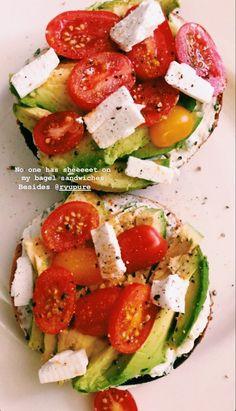 Healthy Meal Prep, Healthy Snacks, Healthy Eating, Healthy Recipes, Think Food, I Love Food, Food Goals, Aesthetic Food, Food Cravings