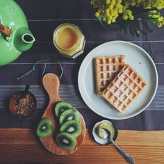 Waffles with ginger lemon curd for breakfast today - @mosluv лимонный курд обалденный    Use Instagram online! Websta is the Best Instagram Web Viewer!