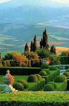 a commune in the Province of Siena in the Italian region Tuscany, Great Places, Places To See, Beautiful Places, Beautiful Landscapes, Beautiful Gardens, Formal Gardens, Modern Gardens, Toscana Italia, Under The Tuscan Sun